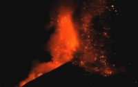 Temporal gravity changes and surface deformations interpretation